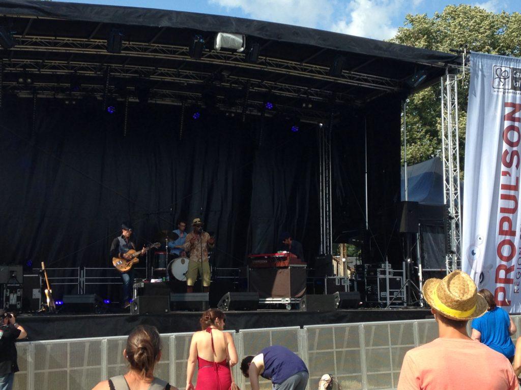 Sur la scène Propul'son, Revivor est la première belle surprise du festival Terres du Son