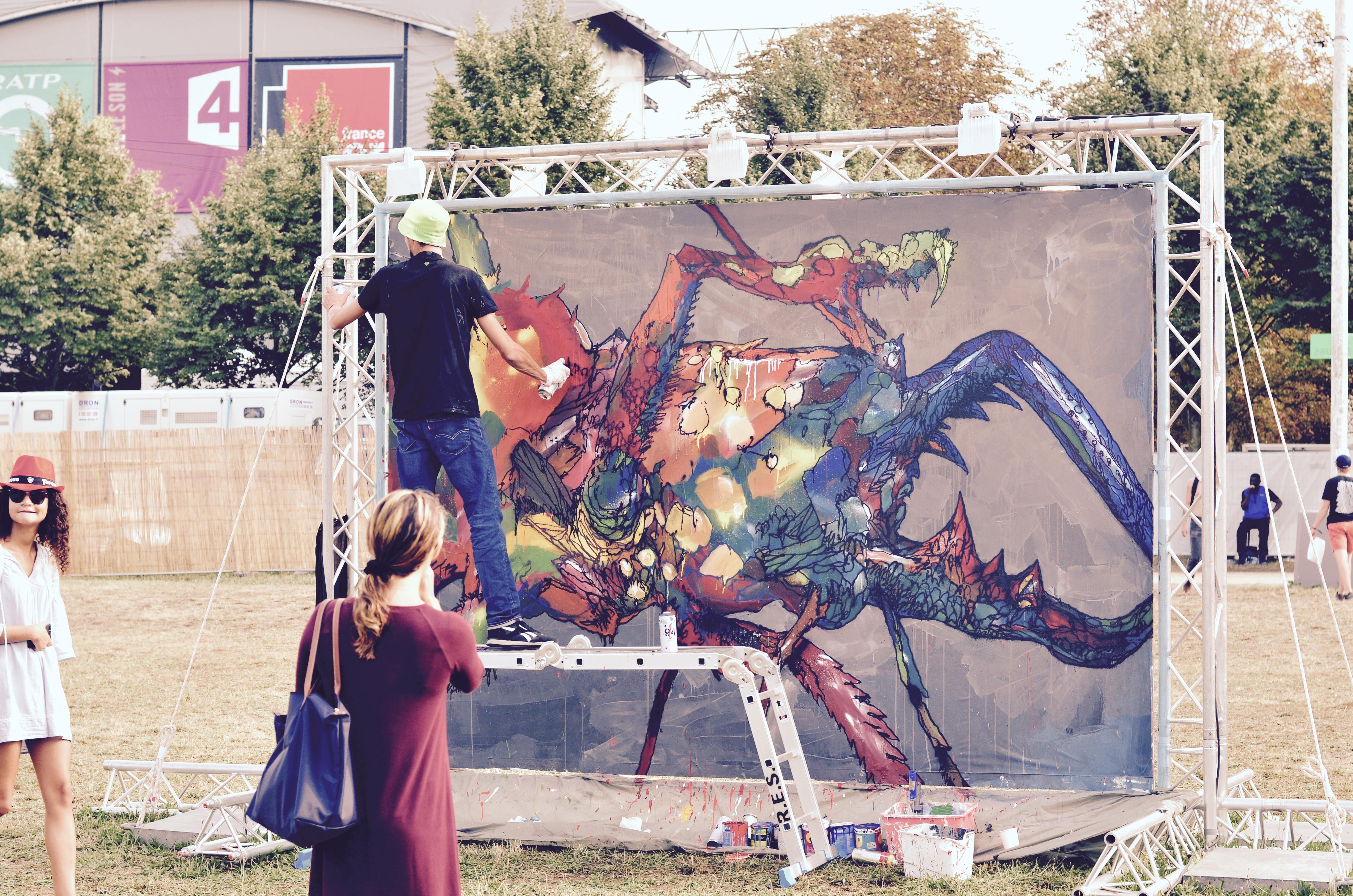 Festivaliers Rock en Seine 2017 Street Art